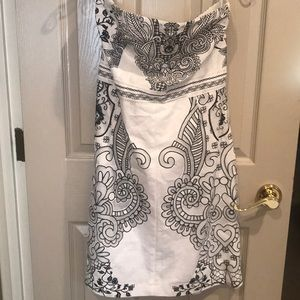 Strapless black and white New York and company